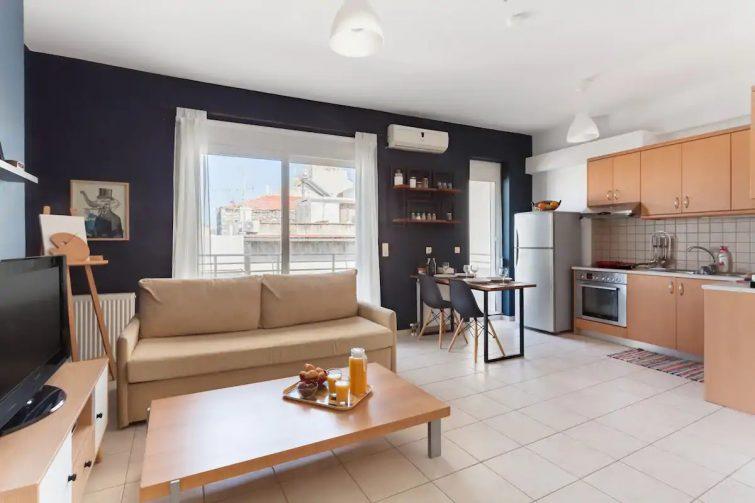 Cosy Spacious Apartment in the Heart of Heraklion