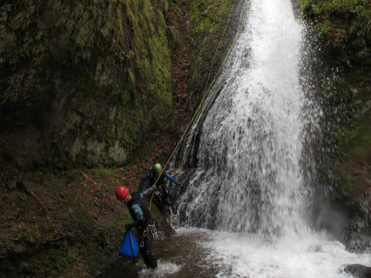 Ricou la peyre - canyoning en Auvergne