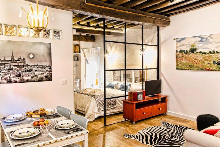 Apartamento-LOFT junto al Alcázar, wifi, AA