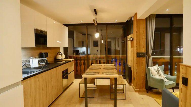 Appartement 48m, rénové, plein sud, centre station