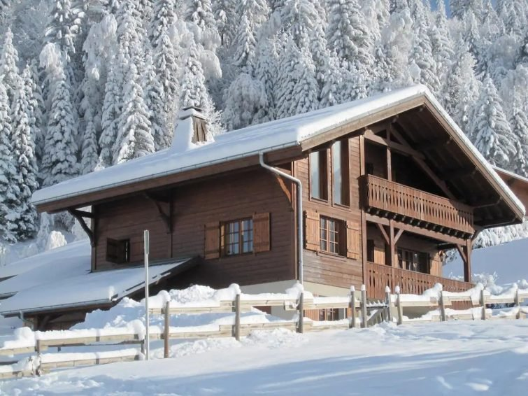 Chalet Eclipse