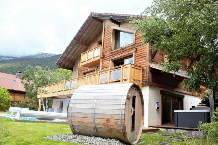 Location magnifique chalet montagnard avec sauna et jacuzzi