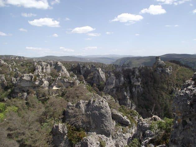 3 endroits où faire de la via ferrata en Aveyron