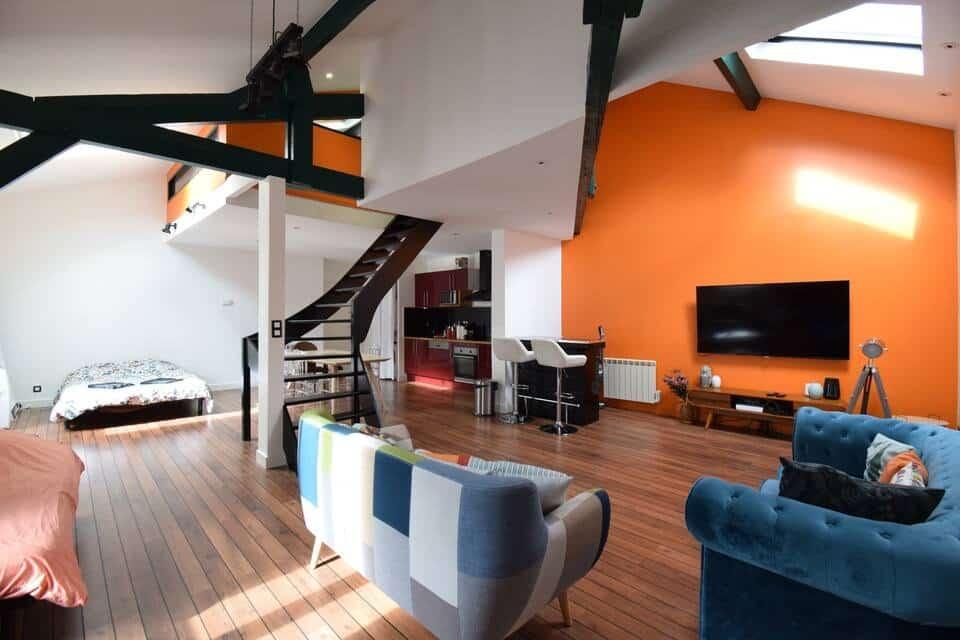airbnb futuroscope - Loft plein centre-ville de 80 m2