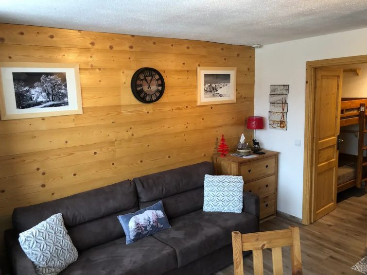 Airbnb aux Menuires : appartement standing en bois
