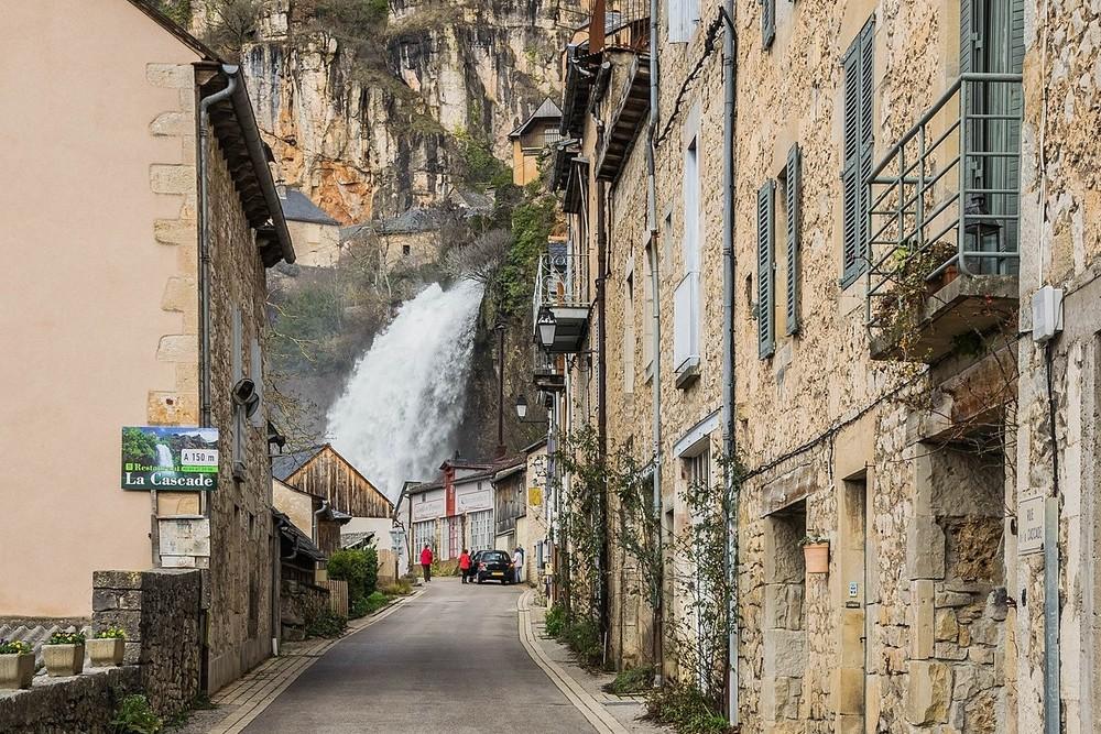 Villages d'Aveyron : Salles-la-Source
