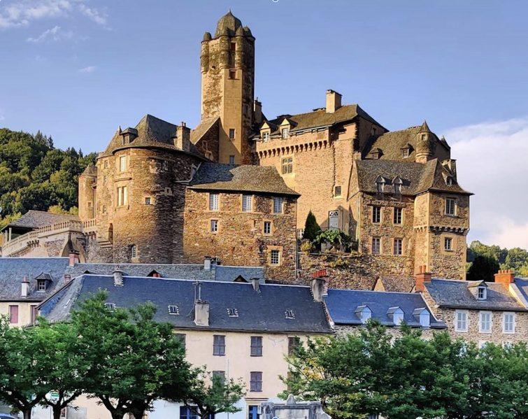 Manger à Estaing : brasserie du château