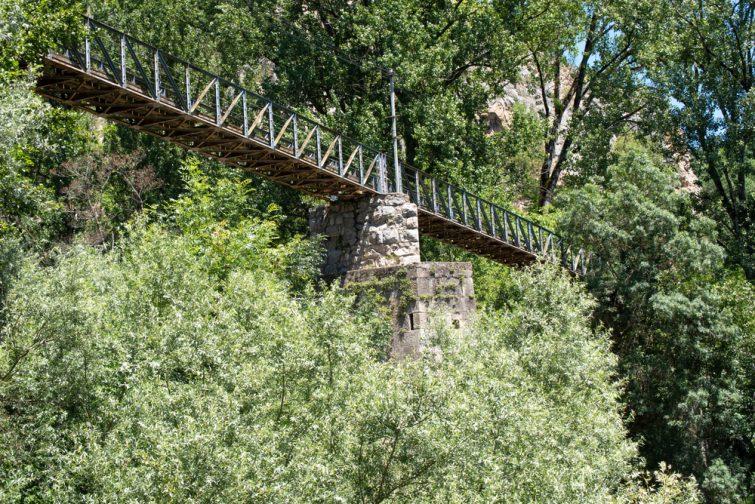 Pont suspendu, Cazals
