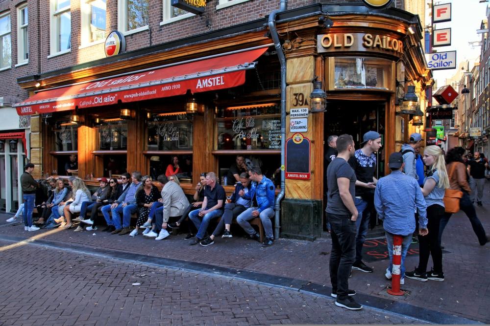 Idées reçues Pays-Bas : Discussions autour d'un verre - Amsterdam