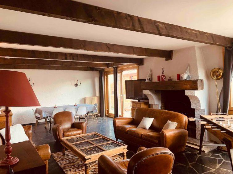 Grand appartement en bois, Alpe d'Huez