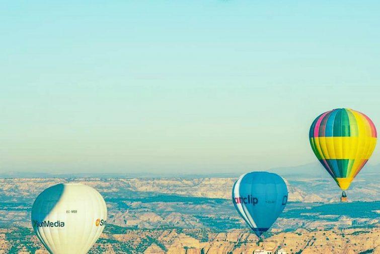 Survoler Ibiza en montgolfière