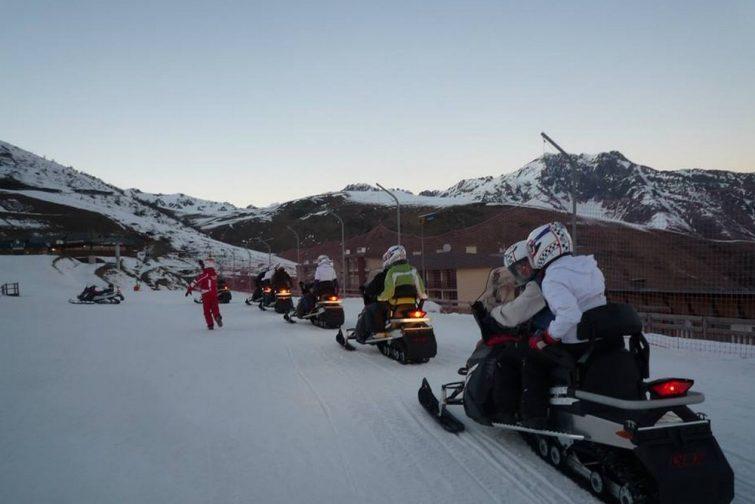Faire de la motoneige dans les Pyrénées, à Saint-Lary-Soulan