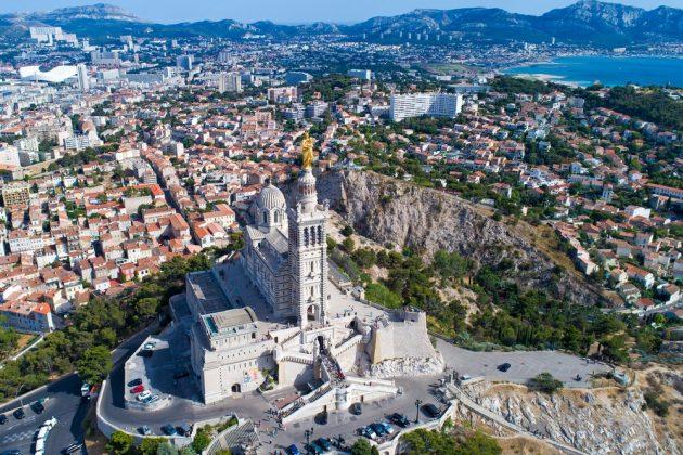 Où faire du parachute ascensionnel à Marseille et ses alentours ?