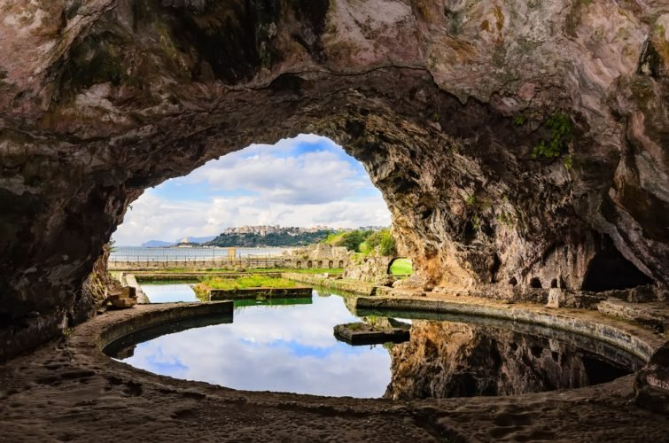 Grotte de Tibère, Sperlonga