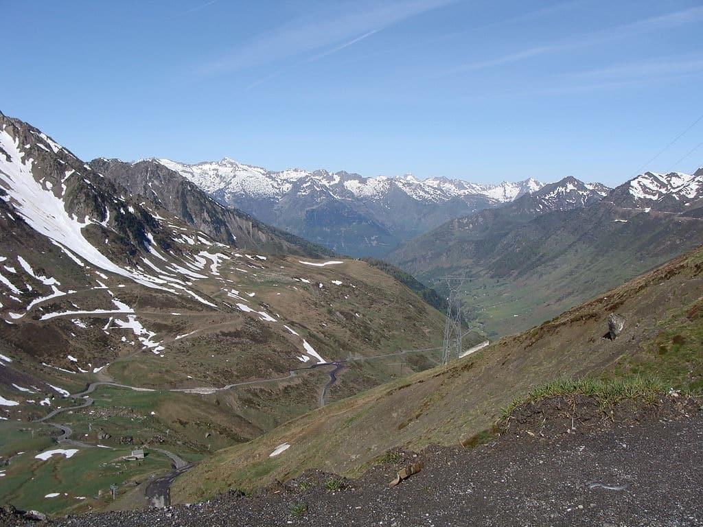 La vallée de Barèges, vue depuis le Tourmalet