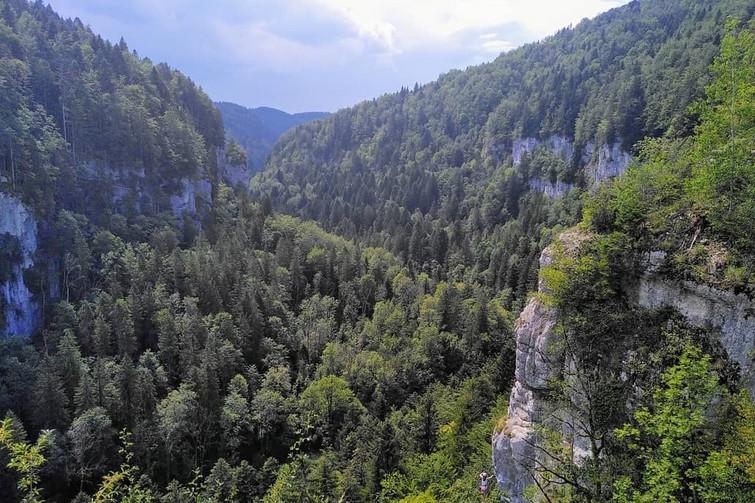 Via ferrata dans le Doubs
