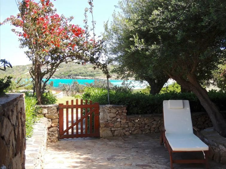 retreat at Ira beach, Porto Rotondo