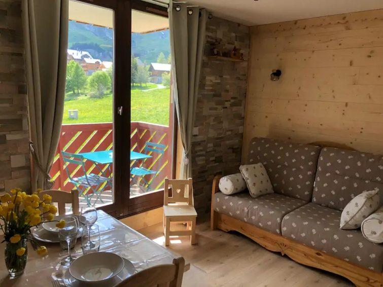 ***La Toussuire studio tt confort vue sur montagne