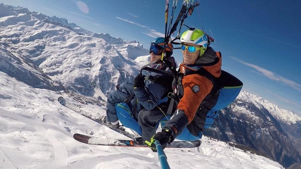 Un baptême en parapente à ski