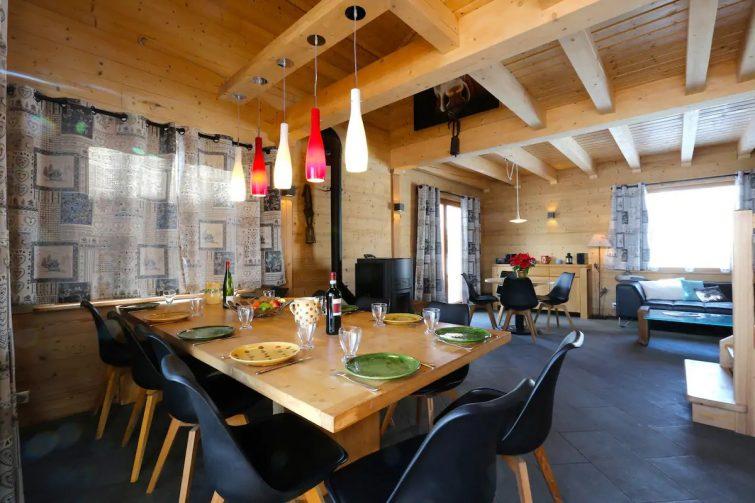 Grand chalet d'architecte en Savoie
