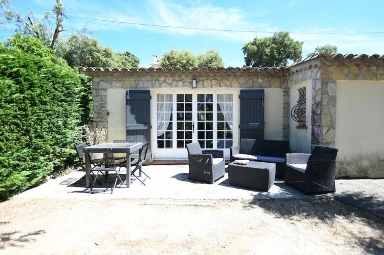 Petite villa privée 3 pièces avec piscine - Airbnb Sainte-Maxime