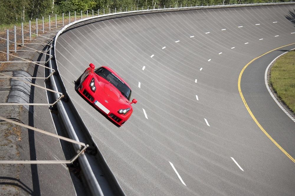 Un stage de pilotage de voitures sportives