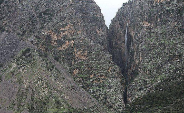 Mastoras Waterfall