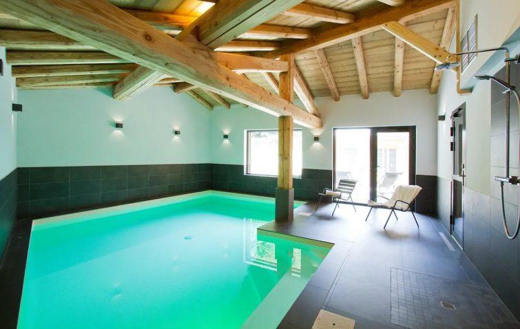 Chalet neuf au centre, 6 chambres, piscine/sauna - chalets 2 Alpes