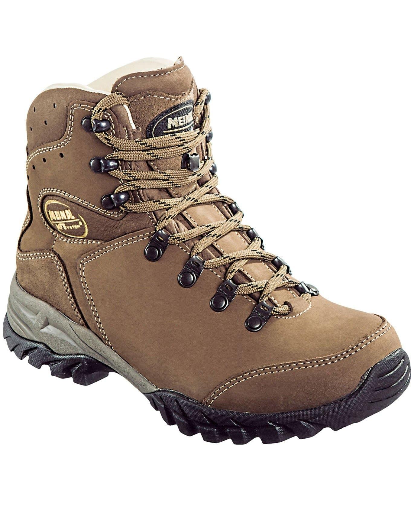 Des chaussures de randonnée femme montante