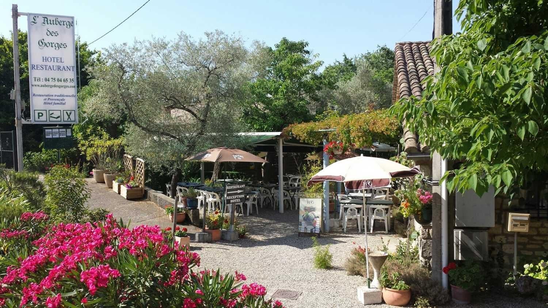 manger Aiguèze - L'auberge des Gorges