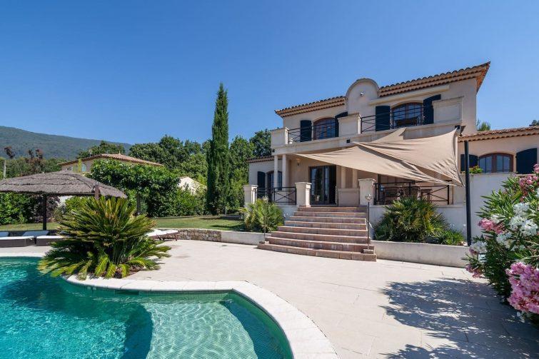 Maison de vacances confortable à Seillans avec piscine - dormir à Seillans