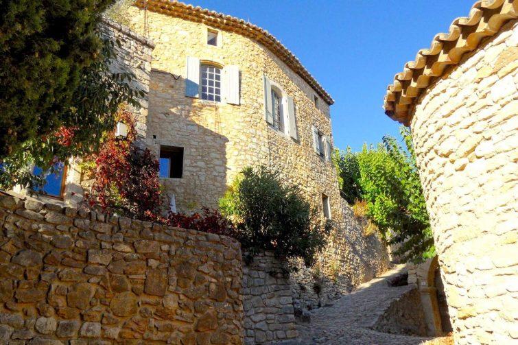 Villa de style sud de la France - Uzes - Piscine - Dormir à La Roque-sur-Cèze