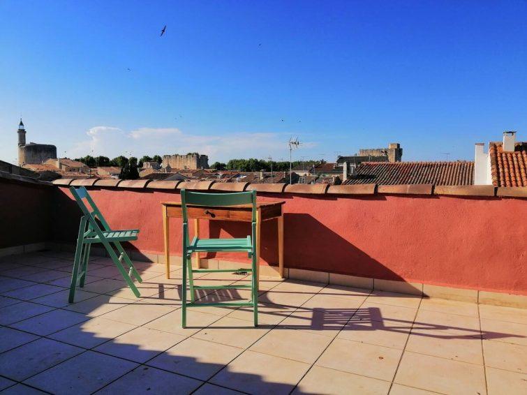 Charmant appartement ensoleillé à deux pas de la place Saint-Louis