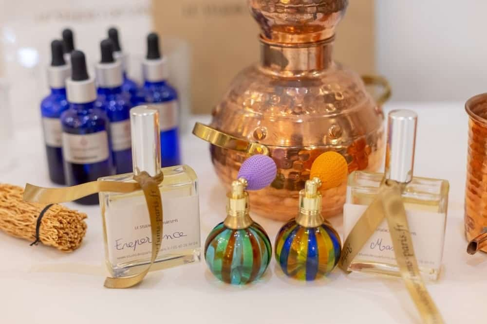 Un atelier pour créer son parfum