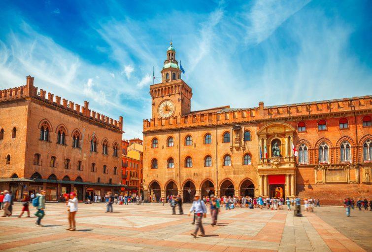 Visiter Émilie-Romagne : Piazza Maggiore, Bologne