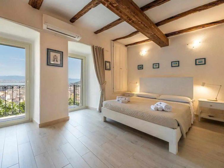 Karalis Relais: Appartement privé avec jacuzzi
