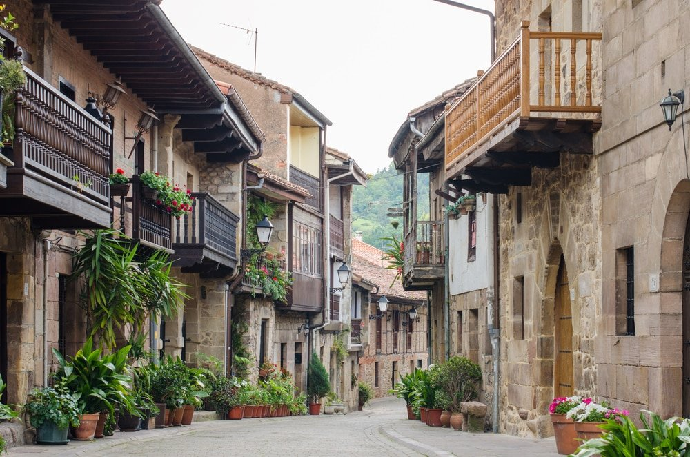 Cartes village cantabrie