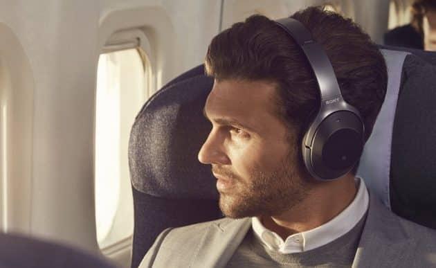 30 accessoires à avoir pour voyager en avion