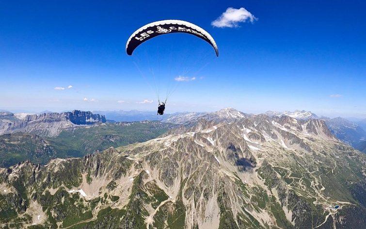 ULM au dessus des Alpes
