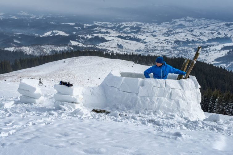 Construction igloo