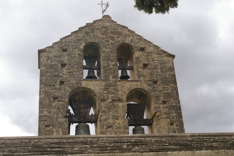 Eglise saint martin incontournable ansouis