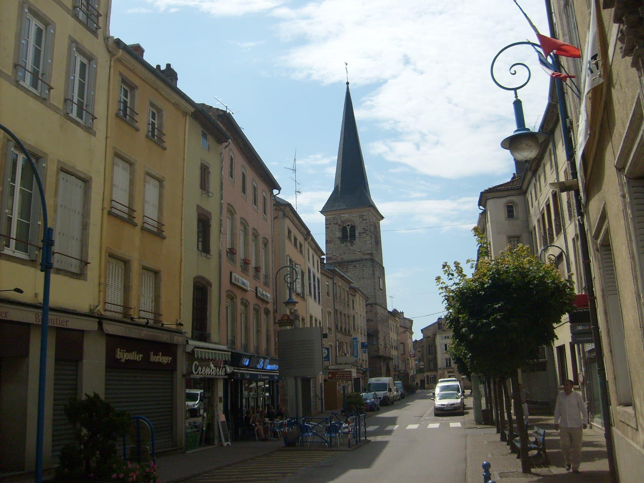 Mirecourt village vosges