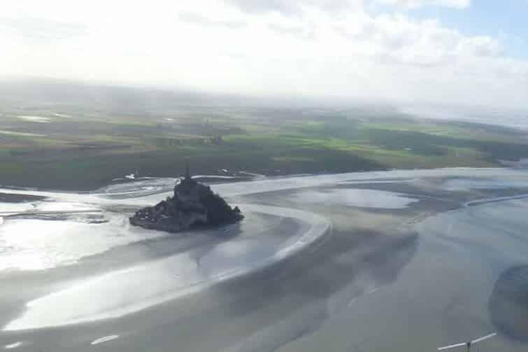 Survoler le Mont-Saint-Michel et sa baie en ULM
