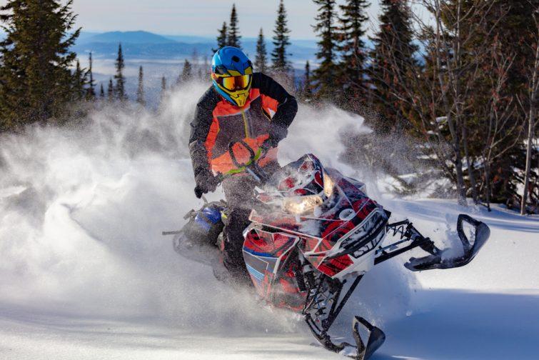 Rider en montagne