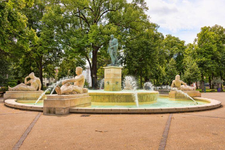 Fontaine dans le Parc du Champ de Mars, Colmar