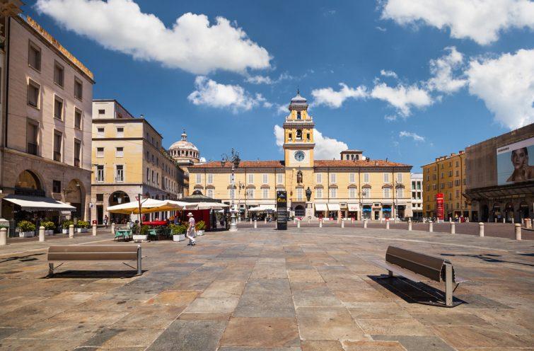 La Piazza Garibaldi