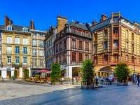 Rouen trace lieux personnages célèbres