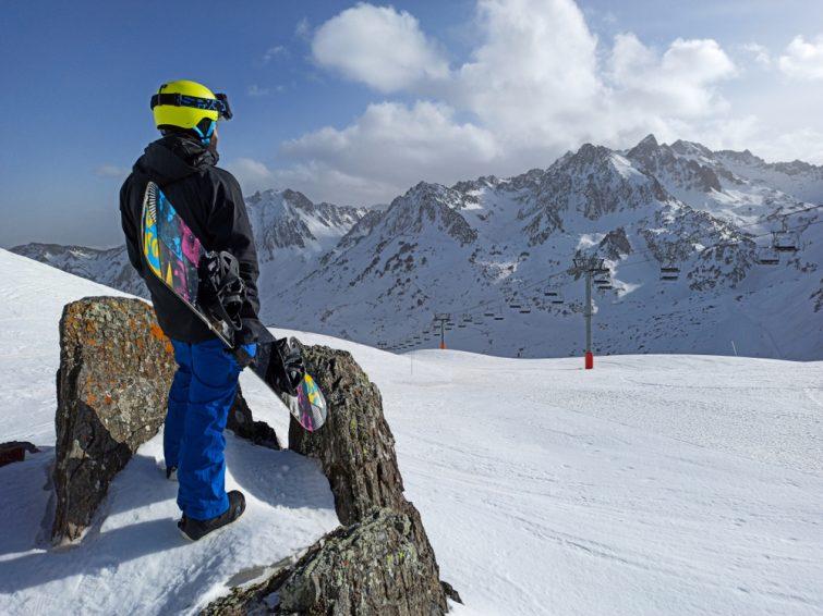 Snowboarder, La Mongie, Pyrénées
