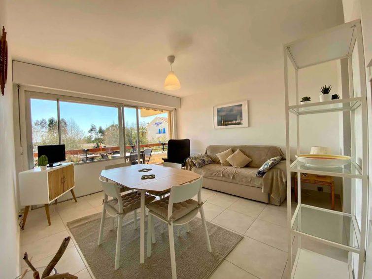Appartement F2 vue mer Aiguebelle Le Lavandou - Airbnb Lavandou