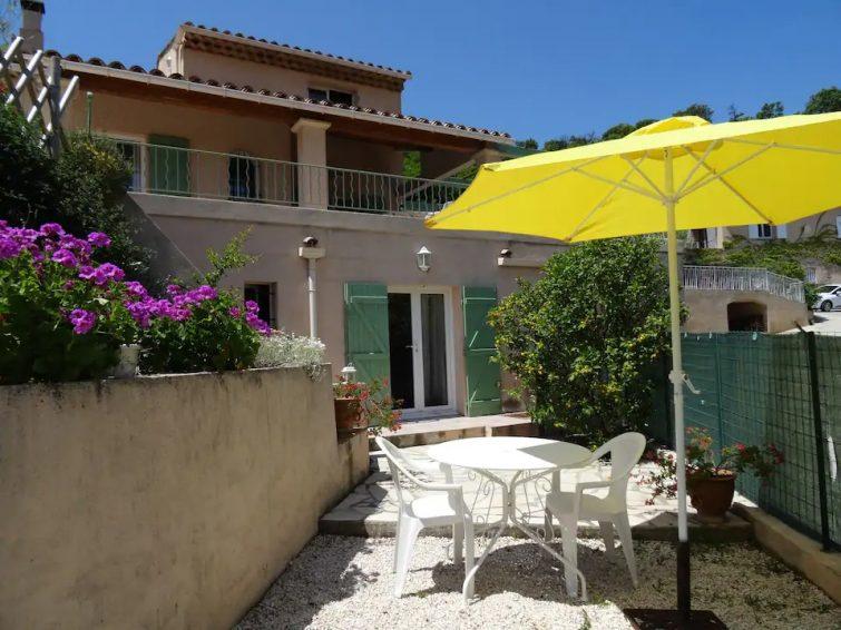 Studio à Cavalière à 15-20 min à pied de la plage - Airbnb Lavandou